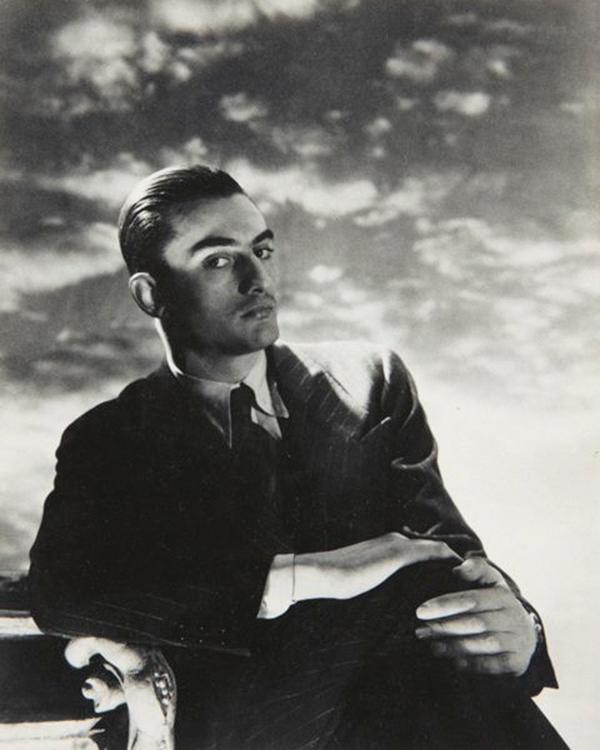 Wolfe_Crostobal-Balenciaga_1950