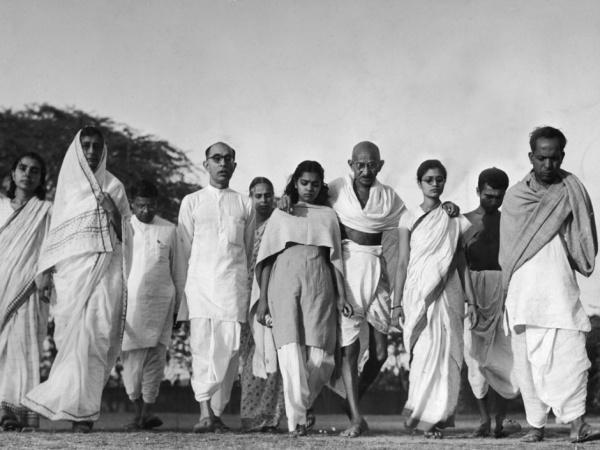Mohandas-K.-Gandhi---004