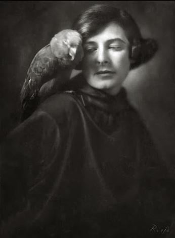 Frieda Riess, Self-Portrait, 1922