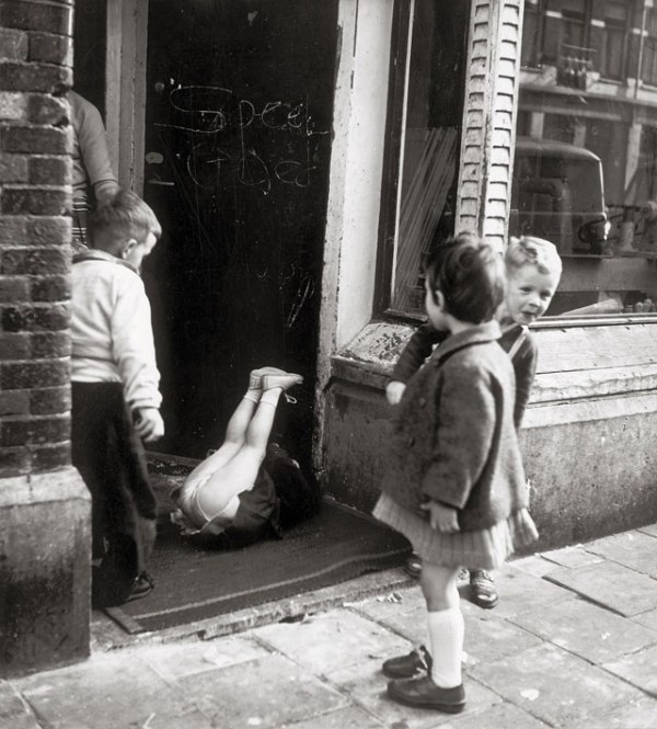 Borgerstraat-Amsterdam_-1961-by-Eva-640
